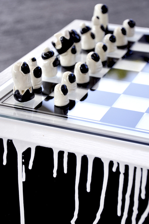 THE THUMB CHESSBOARD